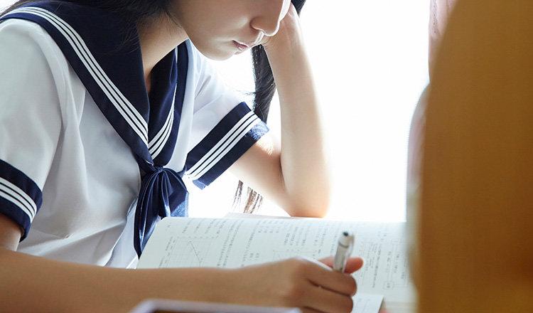 【中学生のテスト勉強】中間・期末で点数を上げる方法や勉強時間、スケジュールを紹介