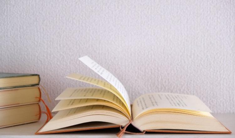 読書感想文の書き方は?簡単に書けるおすすめ構成から原稿用紙の使い方まで